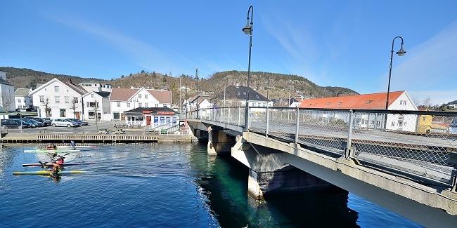 גשר על פיורד פלקה - Flekkefjord