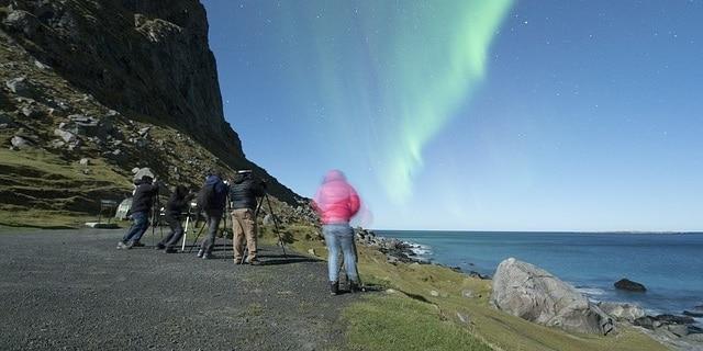 מצלמים את הזוהר הצפוני באיי לופוטן