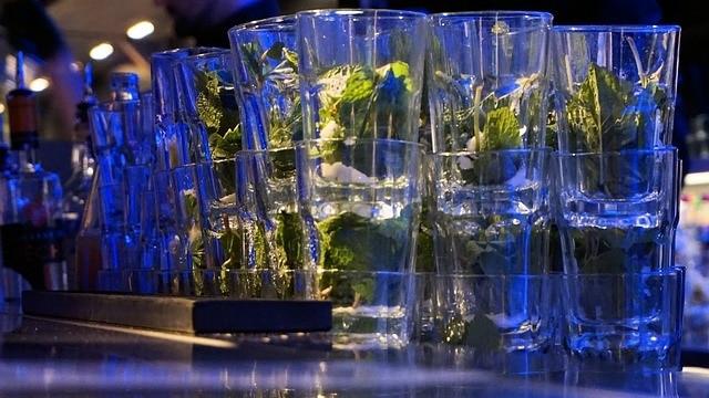 כוסות מחיטו