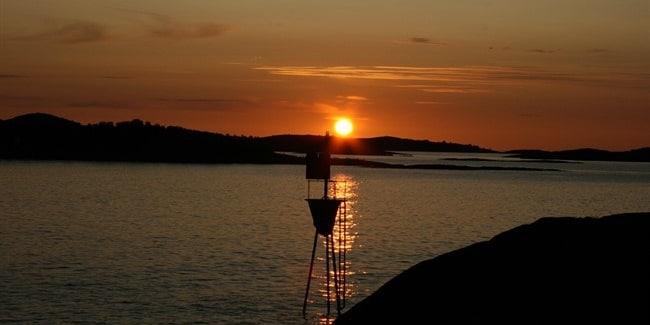 שמש חצות באי סניה (SENJA)