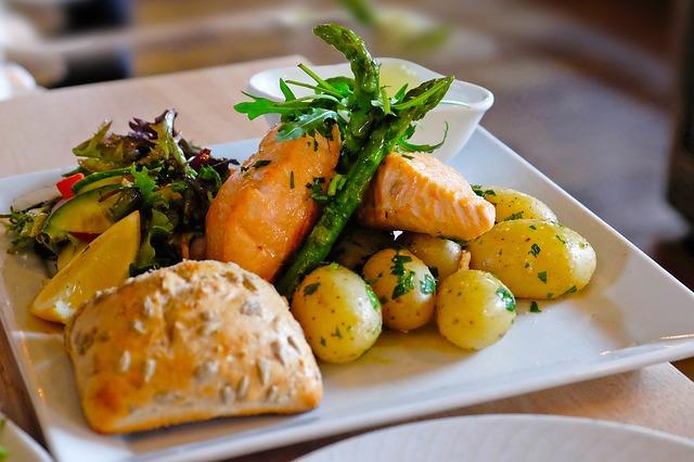 ארוחה במסעדה באוסלו