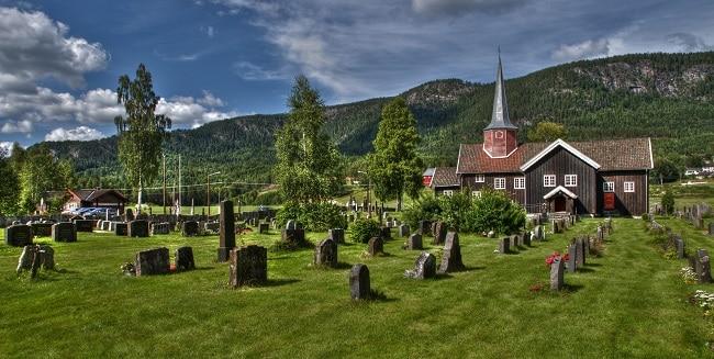הכנסייה העתיקה Flesberg stave שבעמק נומדאל