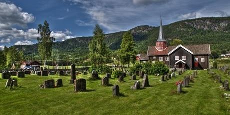 הכנסייה העתיקה Flesberg stave שבעמק נומדאל - עותק