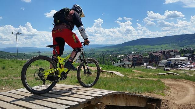 רכיבה על אופני הרים