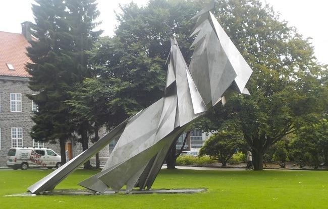 הפסל של מלך נורבגיה אולף ה-3