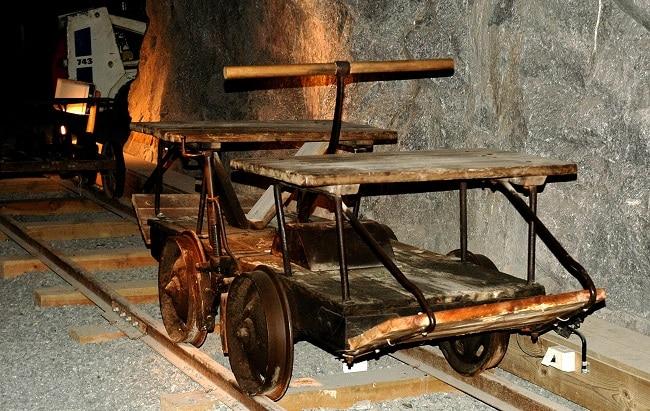 קרון מסע במכרה - קונסברג