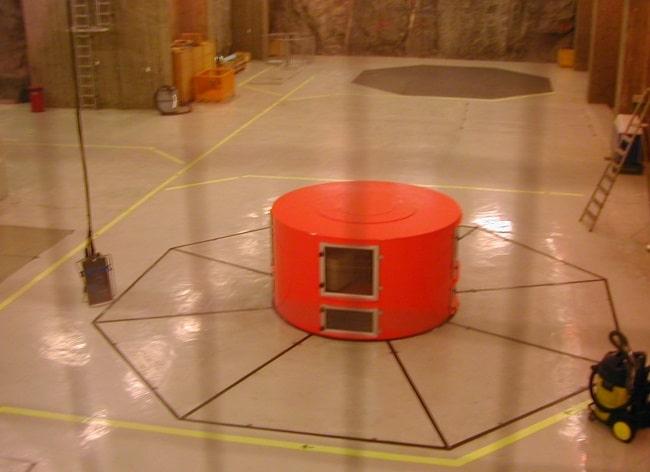 מתקן בתוך תחנת הכח של Flørli