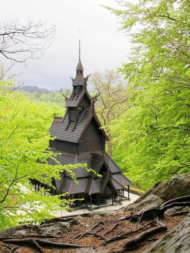כנסיית הלוחות Fantoft