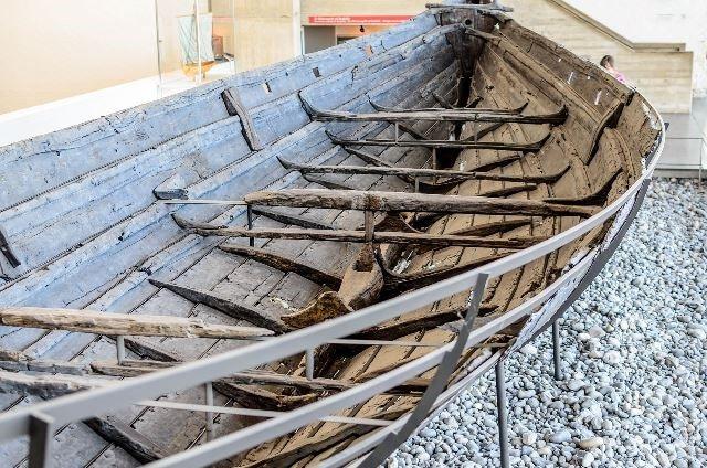 ספינה ויקינגית עתיקה