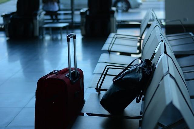 תיקים בשדה התעופה