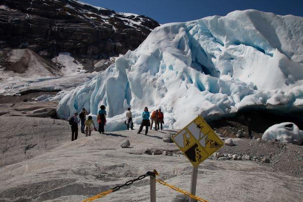 Nigarsdbreen - הדרך הפופולרי ביותר לטפס על קרחון